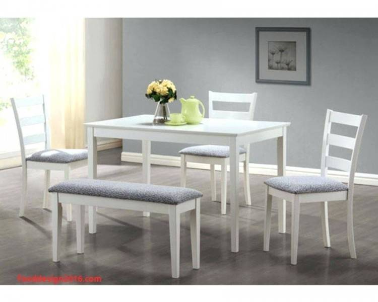 DINING ROOM TABLE: The Emmerson