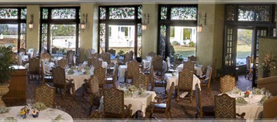 circular dining room shining inspiration circle dining room table hershey  circular dining room dinner menu