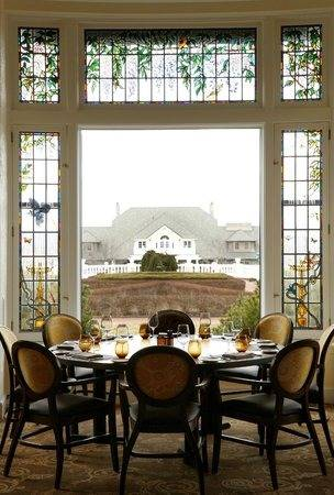 Circular Dining Room Beautiful Circle Dining Room Table On Intended For  Decorative Transitional Design Ideas French Round 0 Circular Dining Room  Hershey
