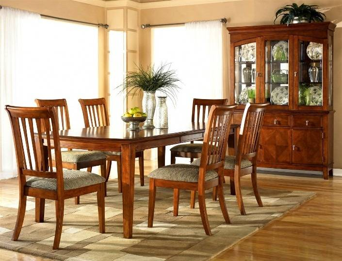 Color: Cottage White/Honey Dining  Room Extension Table