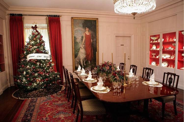 Dining room | Modern Christmas decorations | Christmas decorating ideas | PHOTO GALLERY | Housetohome