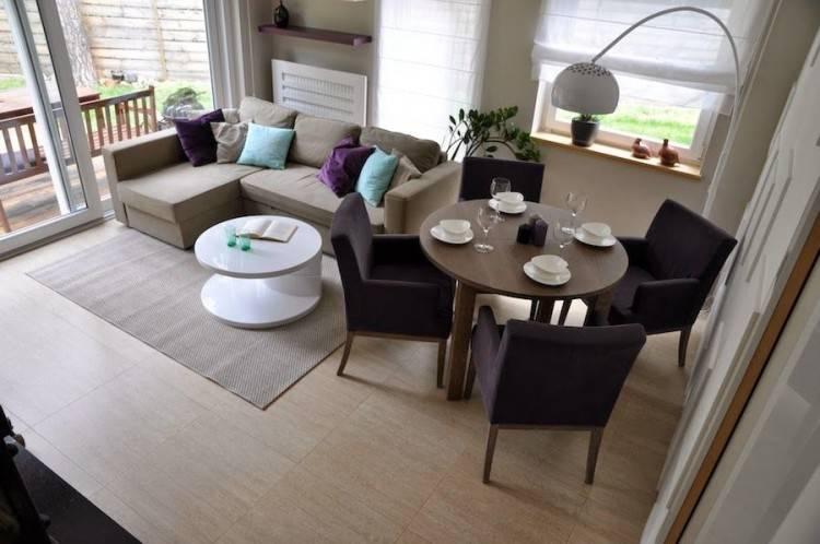 IKEA EKEDALEN white extendable  table and